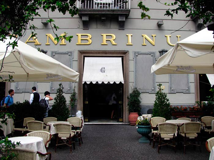 Café Gambrinus, Naples