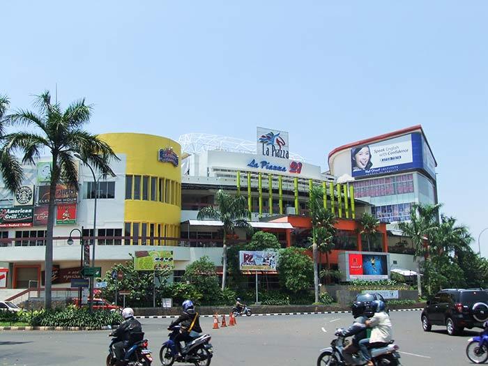 Mal Artha Gading, Jakarta, India