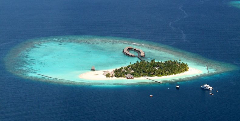 Angaga-Island-Resort-And-Spa-Maldives