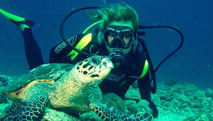 Scuba-Diving-in-Maldives