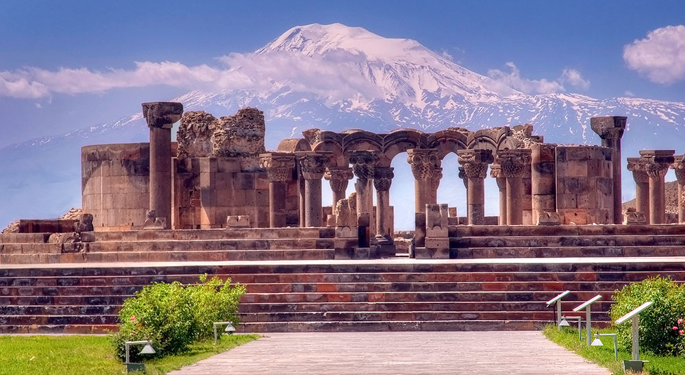 zvartnots_cathedral_and_ararat