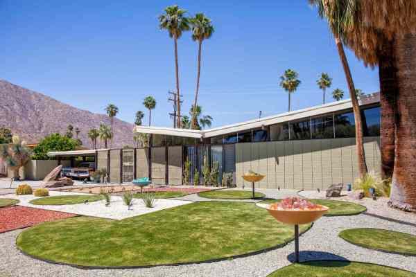 Mid-century Modern Design In Palm Springs
