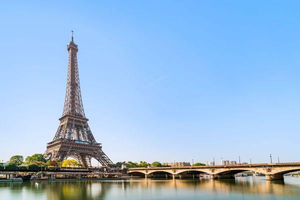 Time Visit Paris