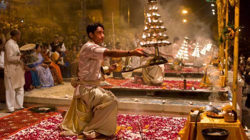 Ganga Aarti in India: Rishikesh, Haridwar, and Varanasi