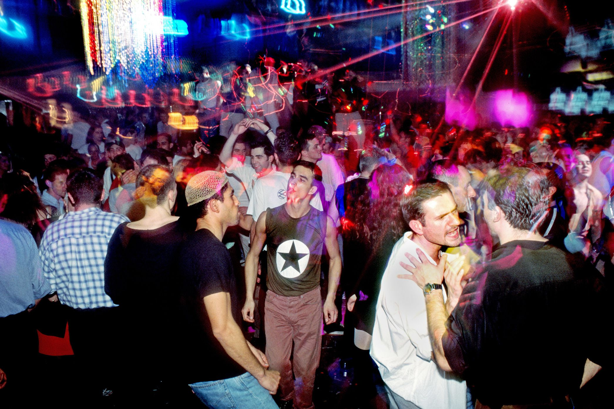 Top 10 Nightclubs In Paris Best Places To Party