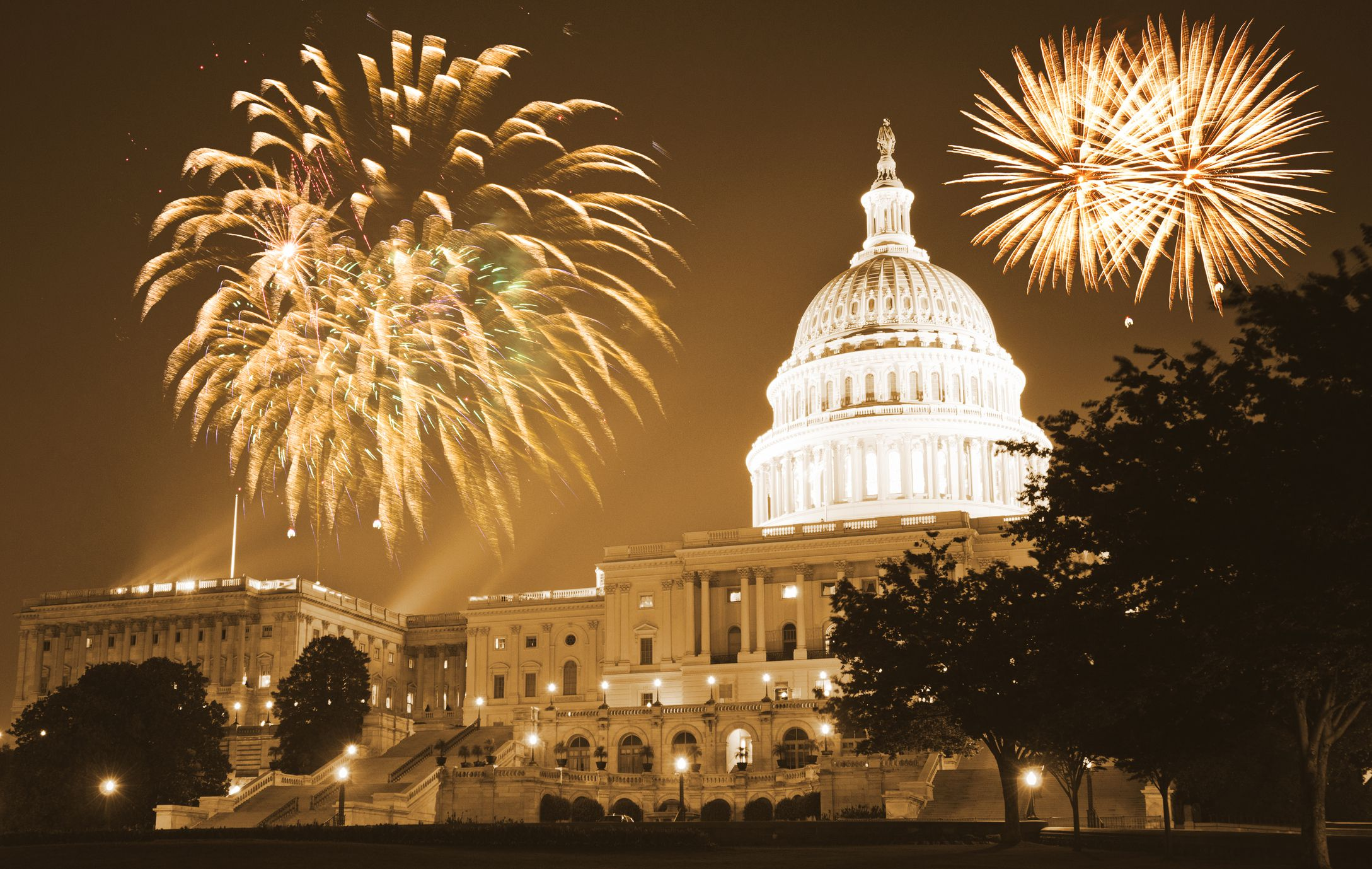 10 Ways To Celebrate New Year S Eve In Washington D C