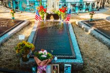 Elvis Presley Buried