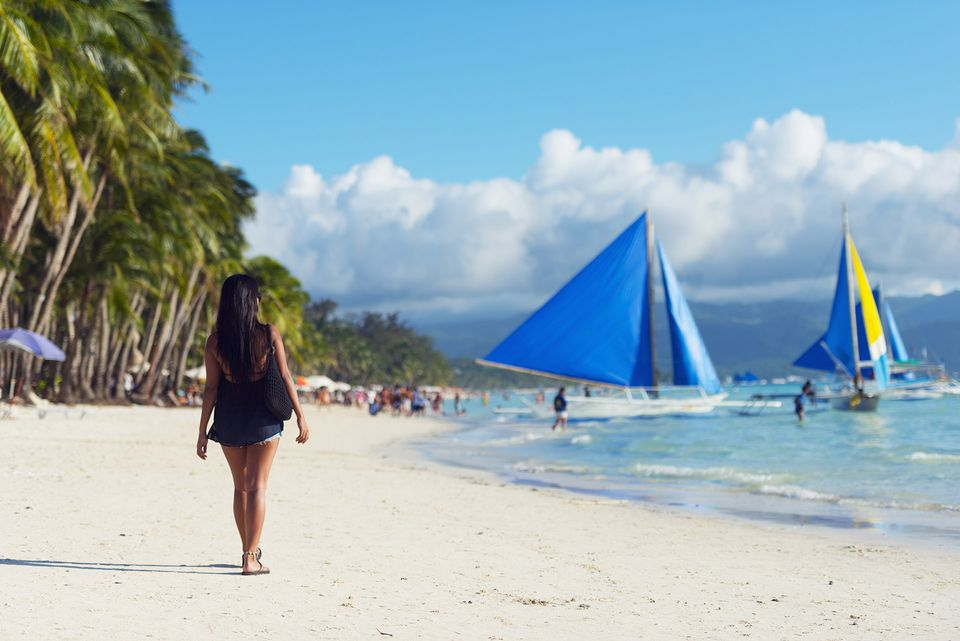 Travel Guide To Boracay The Philippines Party Island