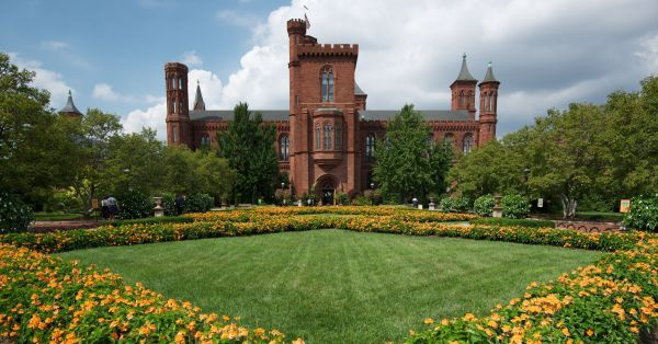 Smithsonian Castle Information Center