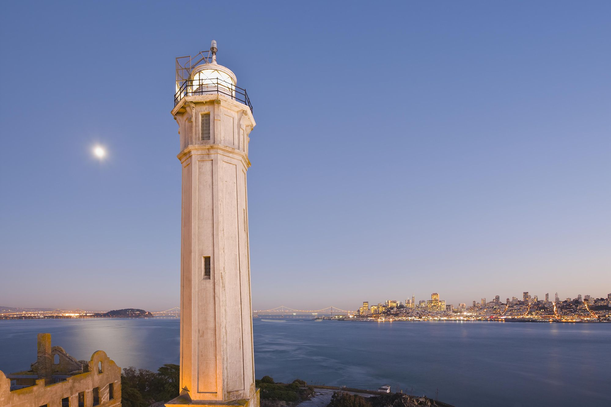 hight resolution of alcatraz lighthouse