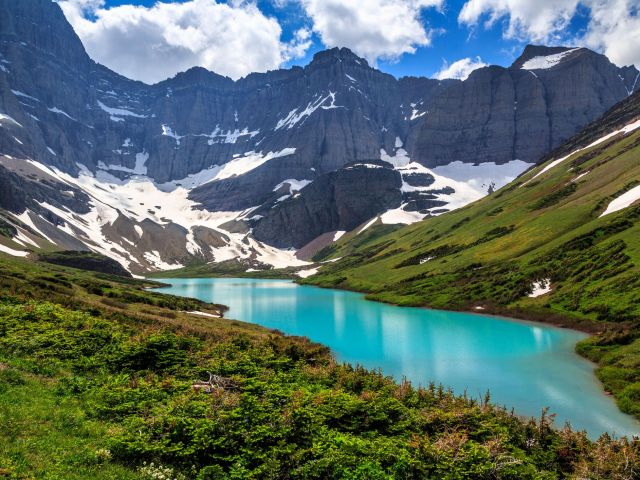 what are must sees at glacier national park