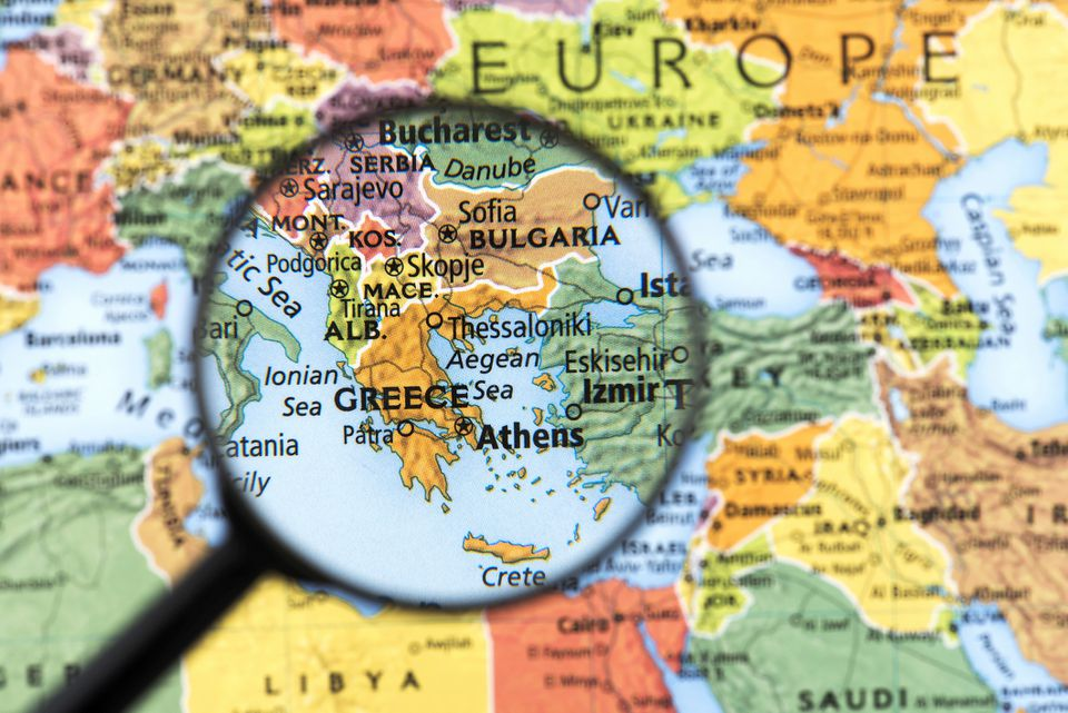 distance from greece to