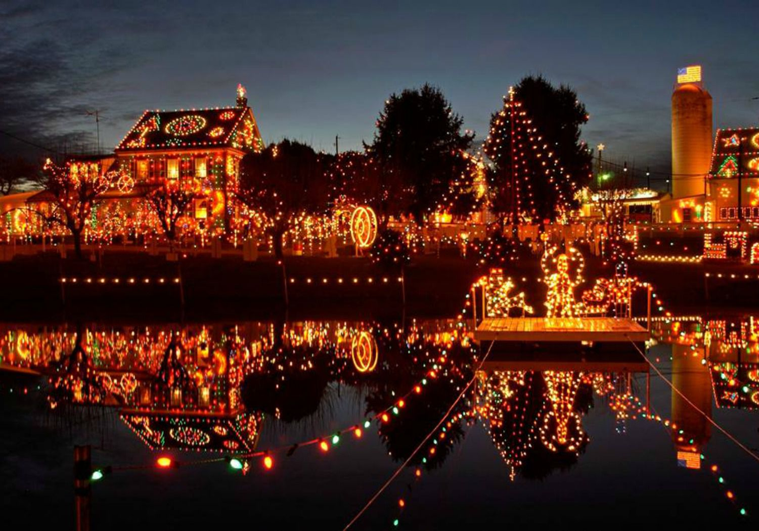 Things to Do for Christmas in SmallTown America