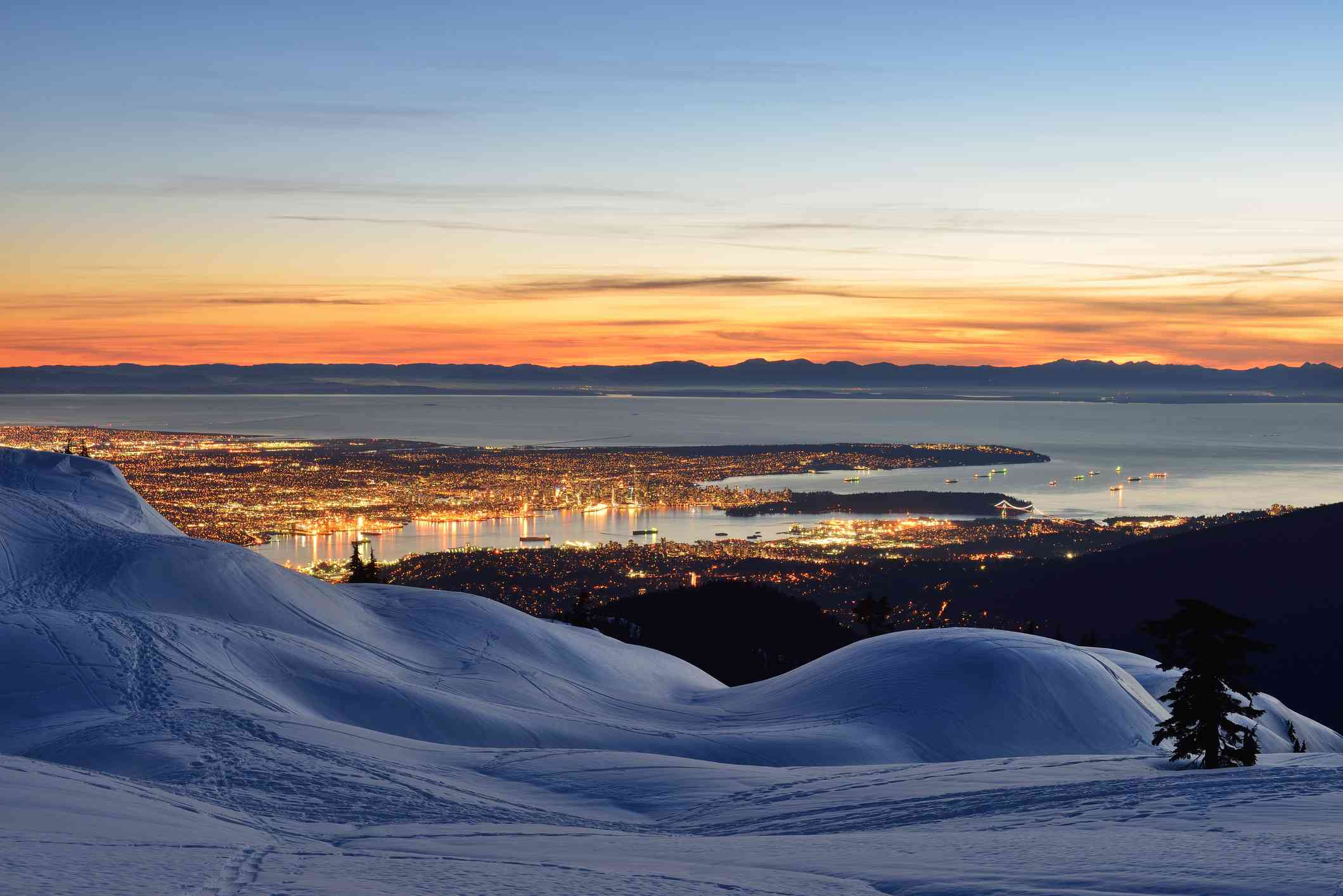 It is challenging and an excellent workout at 4 kilometres from the trailhead to. Guide To Snowshoeing In Vancouver
