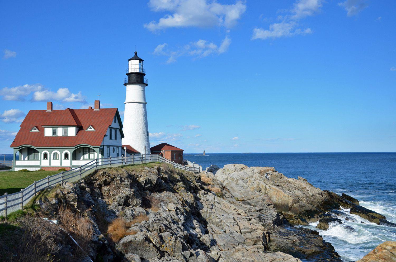 5 Lighthouses To See Near Portland Maine