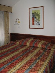 Hotel 16 room 31 double bed