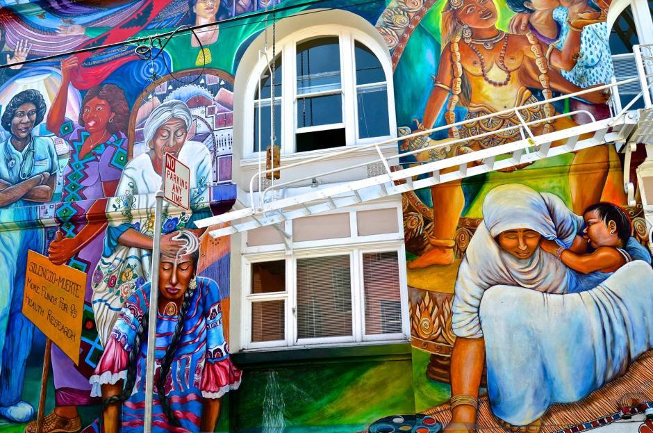 Women's Buildingin muraali San Franciscon Missionissa. Kuva: David McSpadden, Flickr.com, CC 2.0.