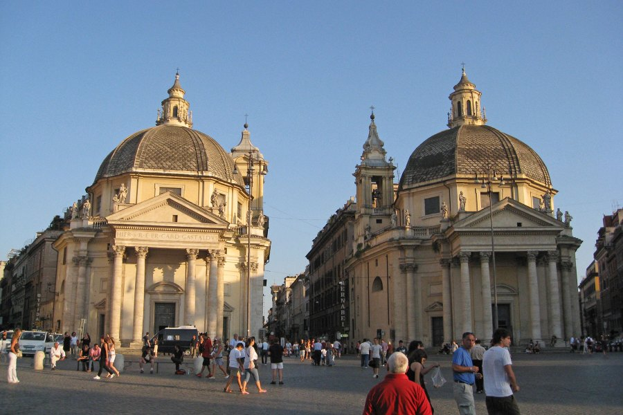 Piazza del Popolon kaksoskirkot © Peter Blapps Flickr.com CC