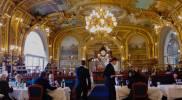 Kultainen sali eli salle dorée lounasaikaan. © Tripsteri / Anneli Airaksinen
