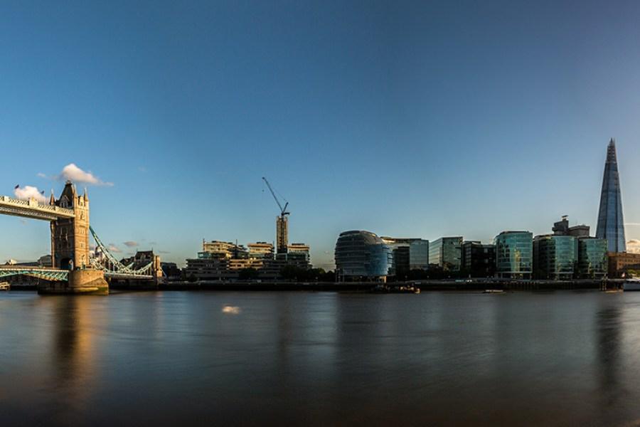 Thames ja Tower Bridge. Kuva: Davide D'Amico, flickr.com, CC BY-SA 2.0)