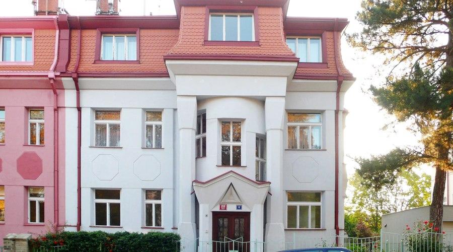 Kubistinen talo osoitteessa Calle Tychonova 4 y 6