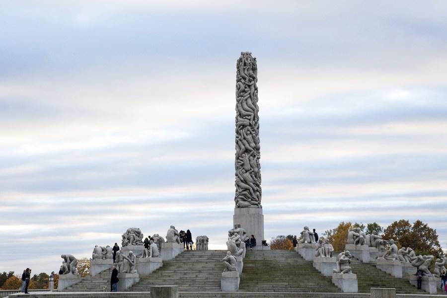 Vigelandin patsaspuisto on yksi Oslon kuuluisimmista nähtävyyksistä. © Joakim Mangen