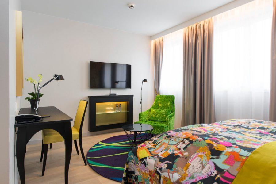 Thon Hotel Rosenkrantz -designhotellissa aamiaisen lisäksi myös ilta- ja välipalat sisältyvät hintaan. © Thon Hotels