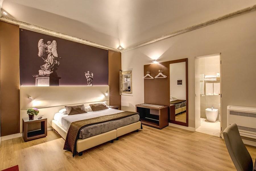 Kahden hengen ylellinen huone © HiSuiteRome