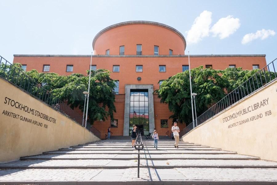 Tukholman kaupunginkirjaston on suunnitellut Ruotsin kuuluisin arkkitehti Gunnar Asplund. Kuva: Soile Vauhkonen