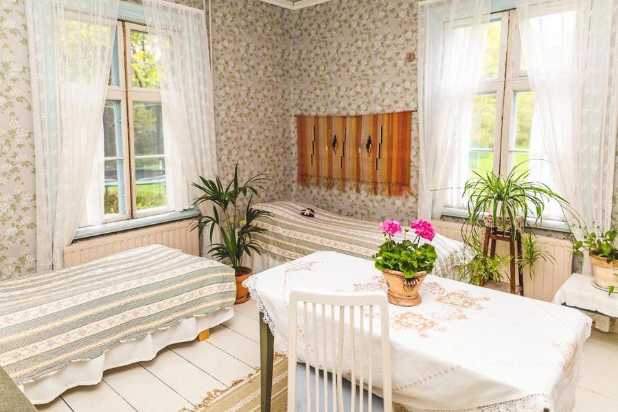 Rusthåll-kartano Wanha Peltola sijaitsee maalaisympäristössä Ristiinassa. Kuva: Wanha Peltola.