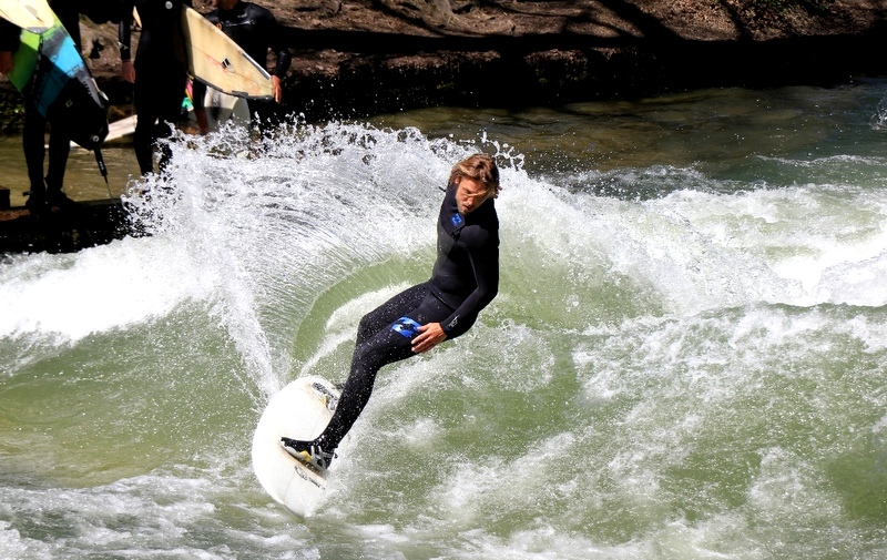 Best of Munich and surfing, trip wellness