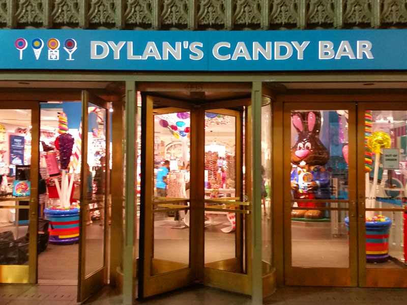 Flagship Dylans Candy Bar on a Chicago Pub Crawl