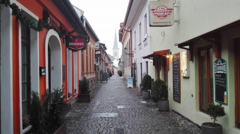 Pottery and Gallery street Hrnčiarska. Photo: Viktor of Traveling Lifestyle