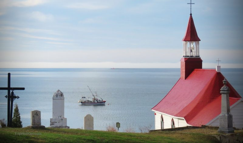 A Tadoussac Quebec whale watching adventure begins here