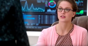 New Supergirl Promo Promises New Ally and Threats in 2016