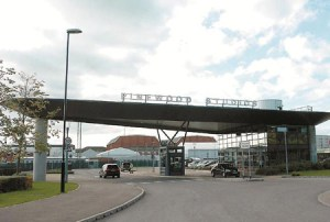 Disney Signs Long-Term Deal to Occupy Most of Pinewood Studios