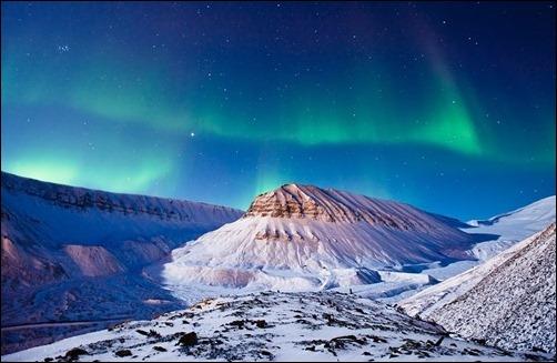 Aurora-Borealis,-Svalbard