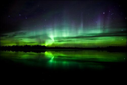 Enjoy-the-Aurora