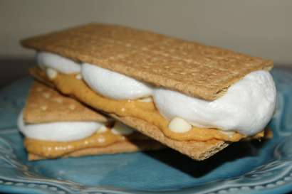 Pumpkin S'mores! Get in my belly now!