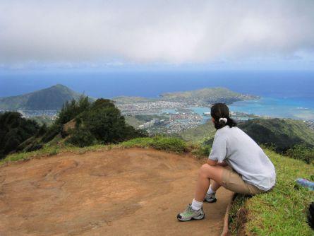 trish at top of kuliouou ridge