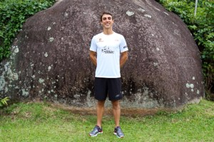 Fellipe Santos, 3º colocado na cat. 18/24 em Kona, fará sua estreia como PRO em Floripa. Foto: Ricardo Andrade