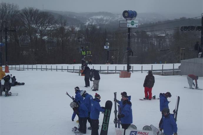 Snowfall Creating Big Business at Paoli Peaks_-1336731181105658030