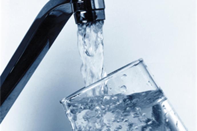 Yankeetown Water Meeting Boils Over, President Resigns_-1526108670135287261