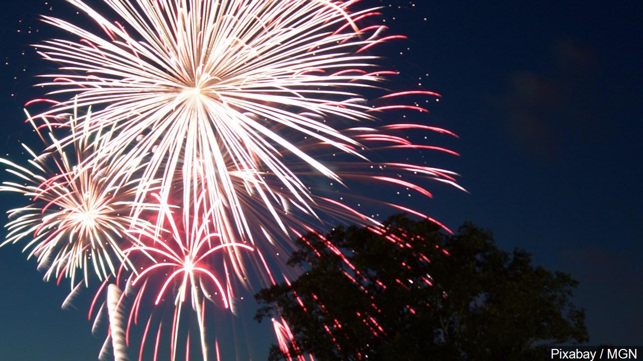 fireworks pixabay mgn_1467742611639.jpg