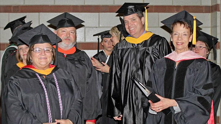grads FOR WEB_1557919695686.jpg.jpg