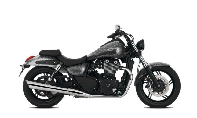 triumph_thunderbird_storm_silver_marble