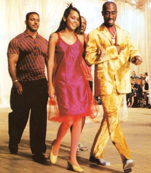 Tupac and Kadida Jones model Versace fashion show milan 1996
