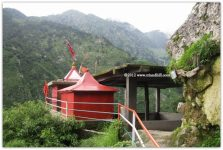 Vindhyawasni Devi Mandir in Dhauladhar Mountains