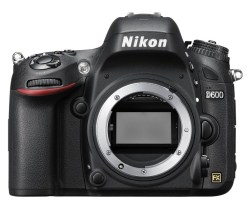 Nikon D600 - Appareil Photo Nu
