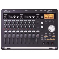 ENREGISTREUR AUDIO TASCAM DP-03